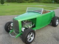 1932 Ford Highboy Roadster with a Chevy 350 roller