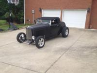 Sensiter 32 Ford Roadster, flat black, leather