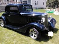 1933 Chevy 5-window Coupe (ALL STEEL)355 ci small block
