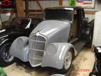 1933  WILLYS  2 DR COUPE  ALL