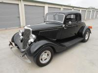 1934 Ford 5 Window Coupe Deluxe Flathead V8  This is