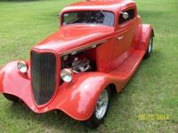 1934 Ford 3 window Coupe 350 cubic inch Chevy mild cam