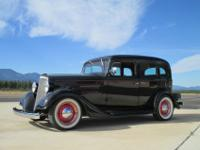 1935 Chevy 4 door sedan.-all steel,-350 Chevy