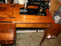 1936 Singer Model 15-91 with all metal sewing machine