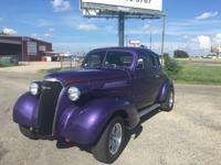 Sharp and clean 37 Chevrolet Coupe, street rod  Sitting