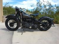 Very nice 1937 knucklehead. Listing for a friend. A lot
