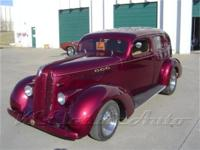 This 1937 Pontiac Street Rod features a Chevy 350