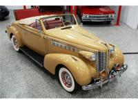 This 1938 Buick Century Convertible features a 320 C.I.
