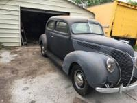 1938 Ford Deluxe (WI) - $8,500 Exterior: Gray Primer