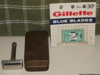 1938 Gillette Sheraton Safety Razor in Original Case w