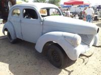 1939 willys sedan job. 4 dr. Rolling body no drive