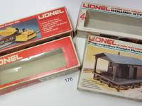 LOT OF LIONEL O-27 GAUGE TRAIN TRACKS INCLUDES: O-27