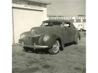 This 1940 Mercury Series 09A Custom 2dr Convertible
