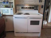 "1940's Fridgidaire Double Oven 40"" 4 Burner Kitchen"
