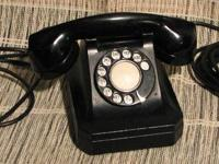 This square 1940s Stromburg Carlson phone is a working