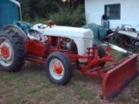 1941 8N tractor, runs, drives, works,. the tractor has