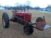 for sale:::: 1945 farmall M, Runs, has front mounted