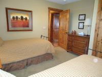 195.00 4 bedroom Tamarack Mountainside Chalet -- Sleeps