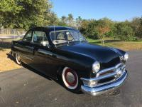 1950 FORD CLUB COUPE WITH A 1950'S Y - BLOCK MOTOR AND