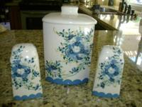 Vintage Beautiful Hand Painted Cookie Jar with Matching