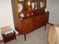 1950s style (mid-century modern) curio/display cabinet.