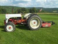 1952 8N Ford tractor that is is very nice shape, New