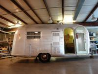 Vintage 1955 19ft SILVER STREAK JET Travel Trailer