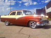 Year : 1956 Make : Ford Model : Fairlane Exterior Color