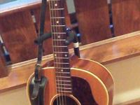 Type: GuitarsIt's in outstanding condition with the