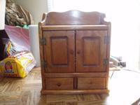 1956 Guild Spice Chest Tube AM Radio Model 484 this is