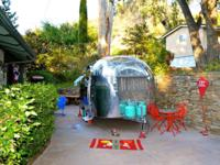 Airstream Vintage 1957 Bubble16. BABY-SIZED & &