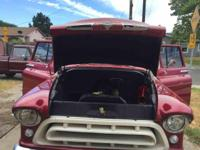 Year : 1957 Make : Chevrolet Model : Pickup Exterior