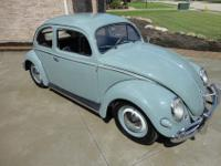 1957 VOLKSWAGON BEETLE OVAL WINDOWNUT AND BOLT BODY OFF