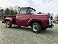 Selling my 1960 Ford F100 Stepside in really good