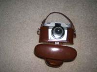 SILETTE, VARIO NICE OLD CAMERA VERY COLLECTIBLE , COMES