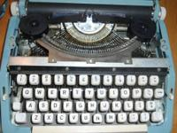 Aww a typewriter, I piece of the past that we can use