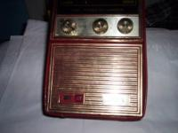 SELLING 1960'S RED RADIO, HAS FM/AM/LOG, GOOD WORKING
