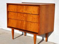 Beautiful Mid Century Modern / Danish Modern Style