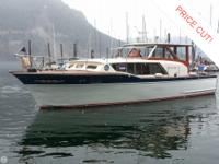 - Stock #49341 - The 1961 36' Chris Craft Constellation