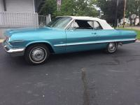 SHOW QUALITY PAINT, UPHOLSTERY AND CHROME. Highly