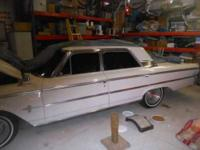 1963 Ford Galaxie 500 This 1963 Ford Galaxie 500 is a