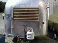 1964 Airstream concession trailer in great shape. Comes