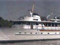 Classic 1964 luxury motoryacht constructed by Broward