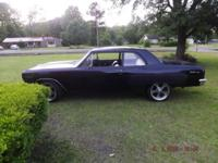LQ 4 six liter, with a Tremec T-56 6 speed, Motor is an