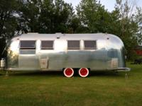 The camper is in perfect condition - inside and out!