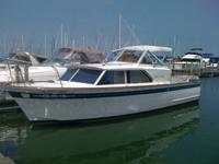 28' Chris Craft Connie!  This boat has been in the