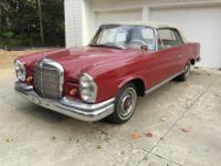 Very beautiful and rare manual 1965 Mercedes Benz 220SE