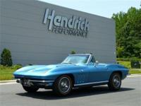 This 1966 Chevrolet Corvette Roadster features a 427 V8