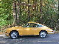 This is a very original and very early Porsche 912 in