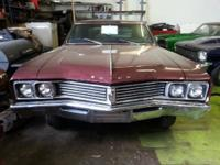 1967 Buick Skylark 2 door hardtop 300-2V8 engine has